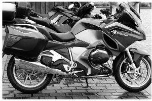 moto grande funda